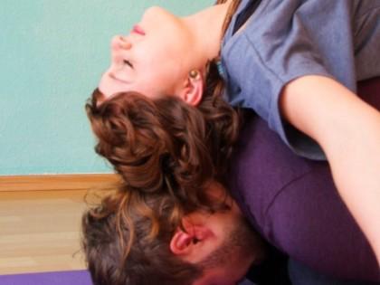 Ab 08.11.15   Workshopreihe: Partneryoga für Paare