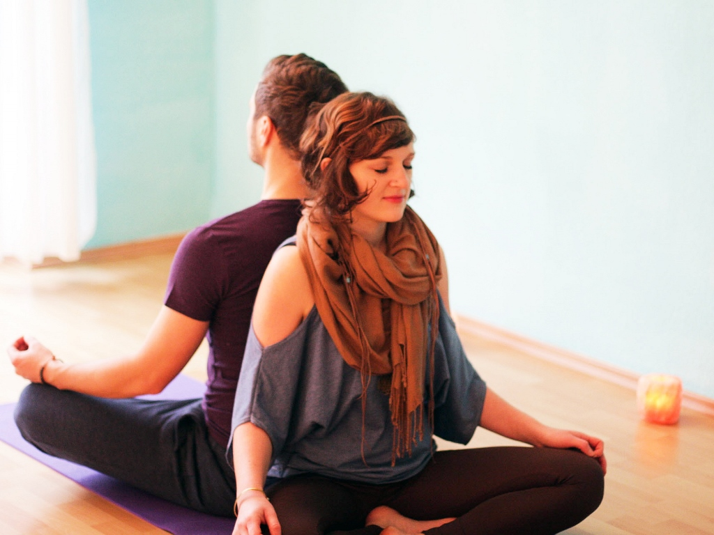 Partneryoga fuer Paare